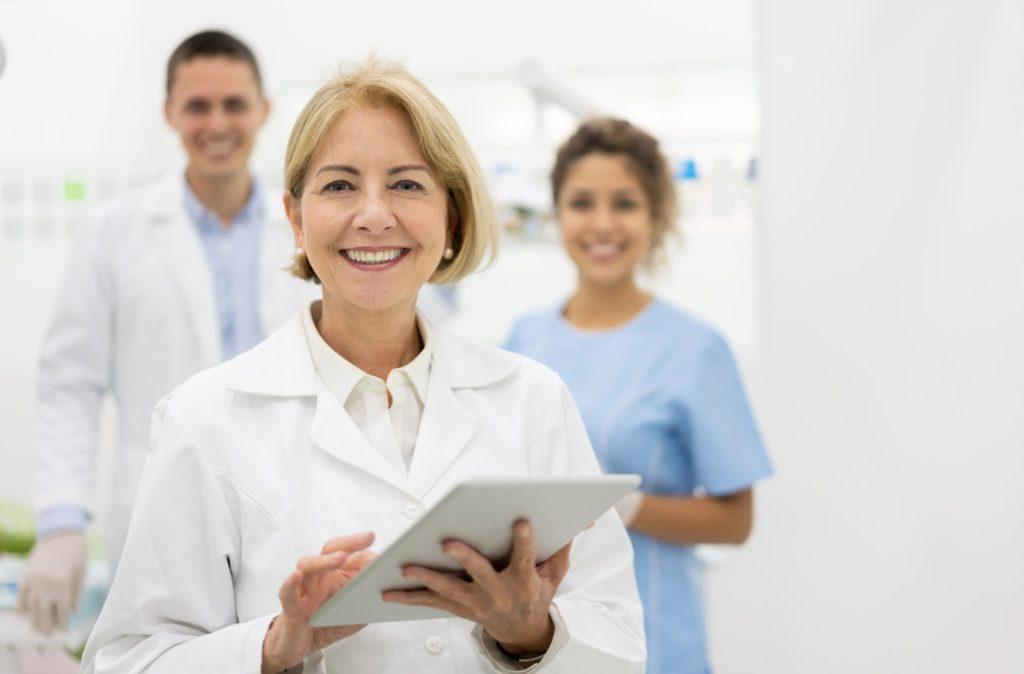 Dentist Online | iData Research